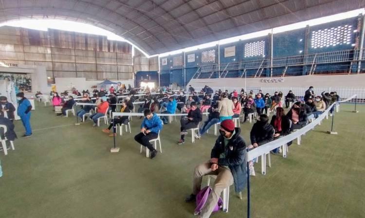 TUCUMÁN:  YA SE COLOCARON 54.220 DOSIS EN EL NODO DE VILLA MITRE